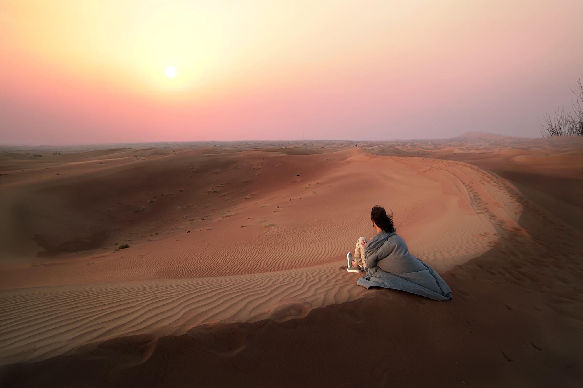 Kết quả hình ảnh cho người trên sa mạc