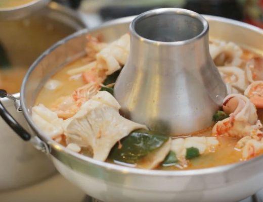Canh chua Tom Yum kiểu Thái
